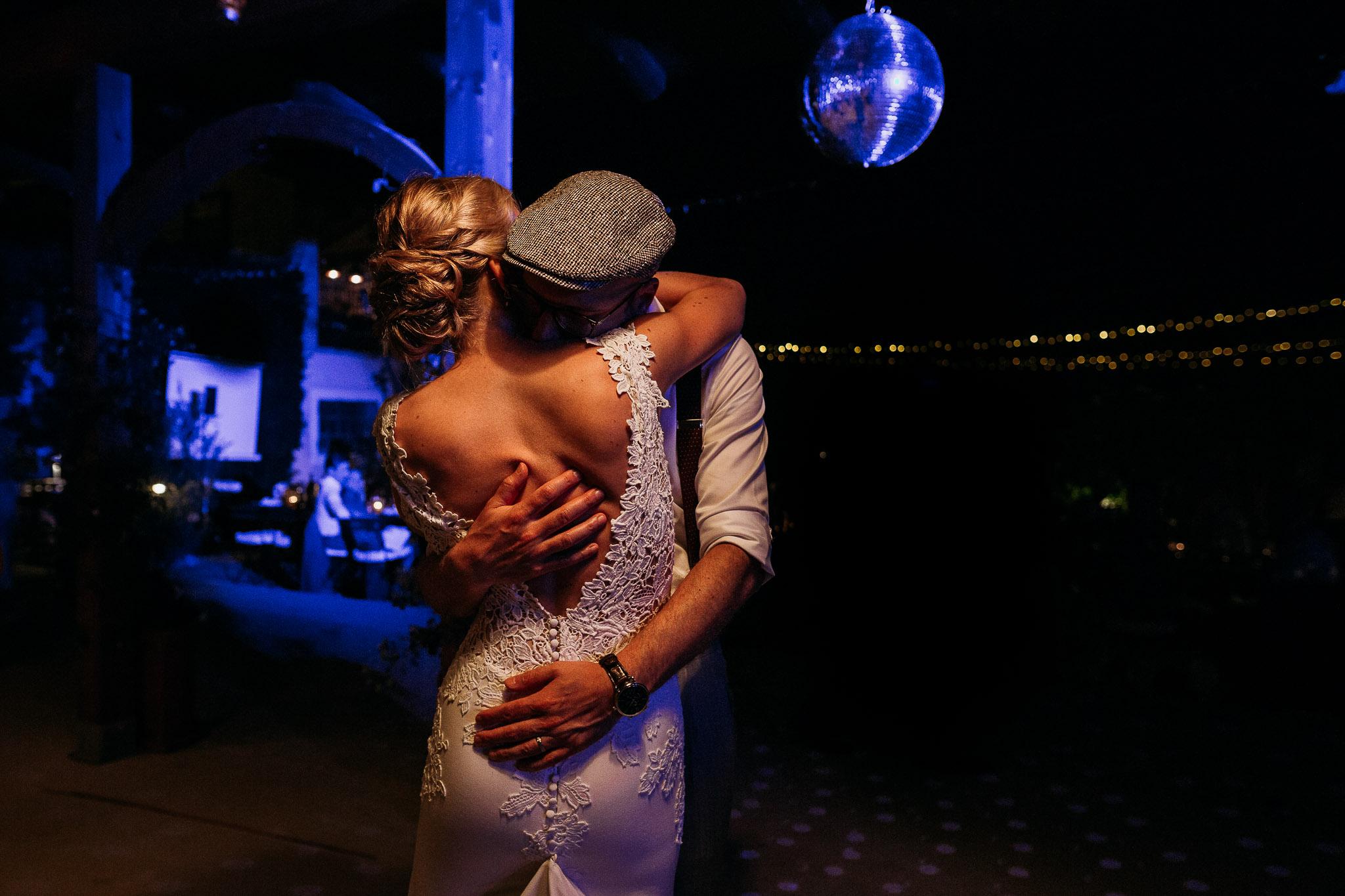 Beautiful romantic first dance at the wedding day at La Villa Hotel, Mombaruzzo
