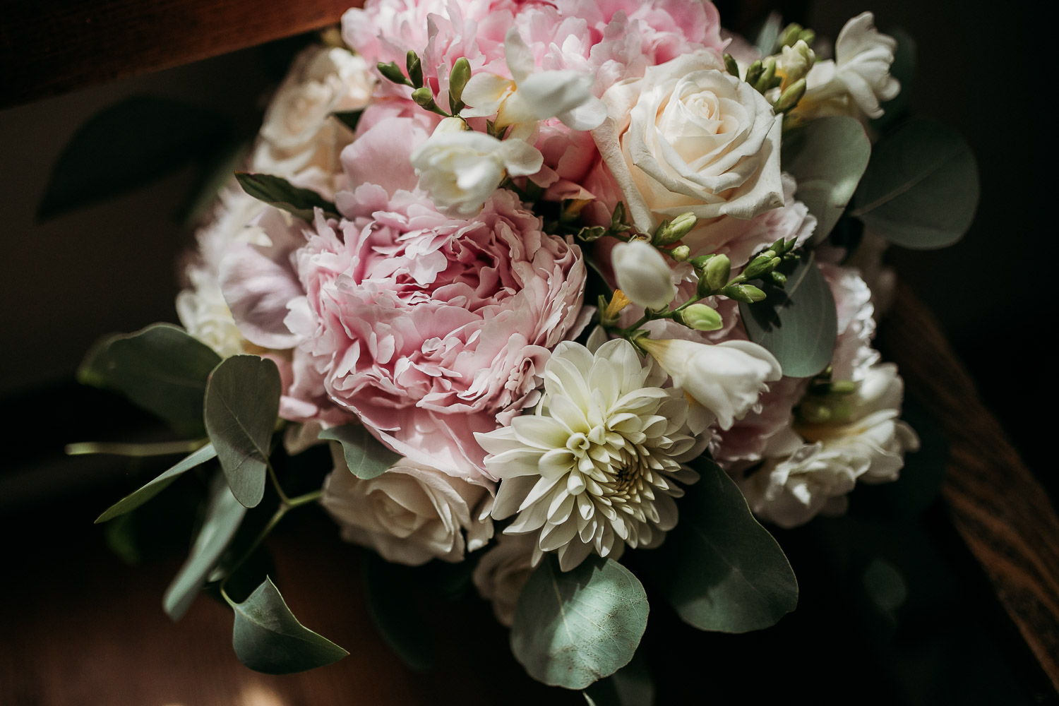 Classic bouquet with peonies and roses for a May wedding