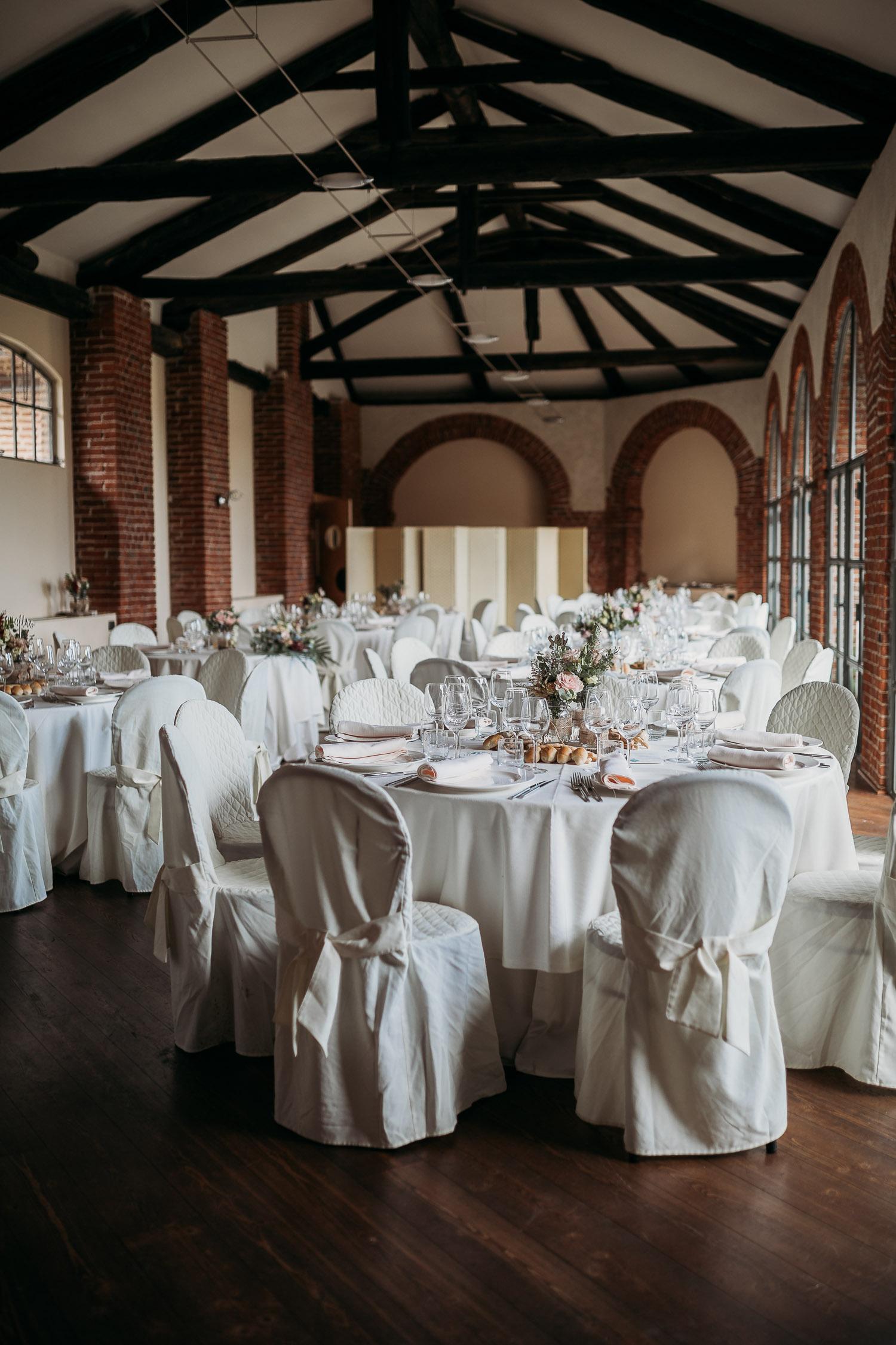 Allestimento sala del matrimonio a Tenuta Tamburnin, Piemonte